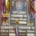 """Три златни медали за Стаменковски од """"Стрит-лифтинг опен"""" во Србија"""