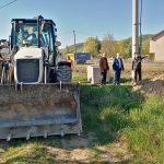 Во делчевската населба Ѕвегорска река во тек е изградбата на крак од фекална канализација