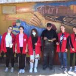 Волонтерите од Црвен крст и уметникот Петар Атанасов - Пепи со свои активности по повод Неделата на младите